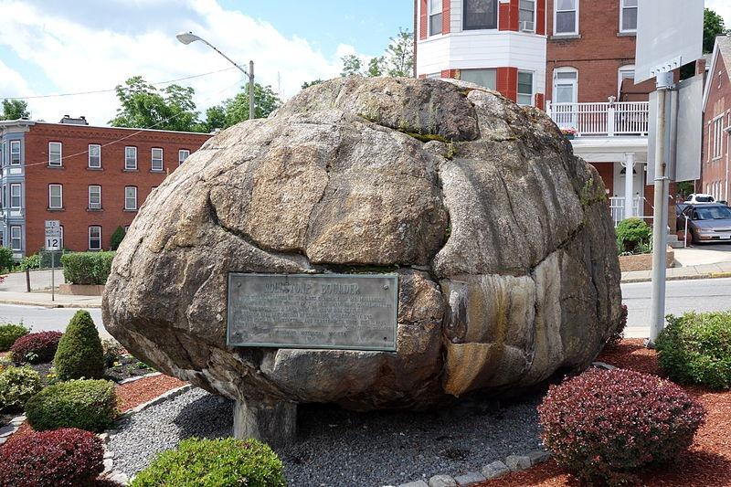 rollstone_boulder_002