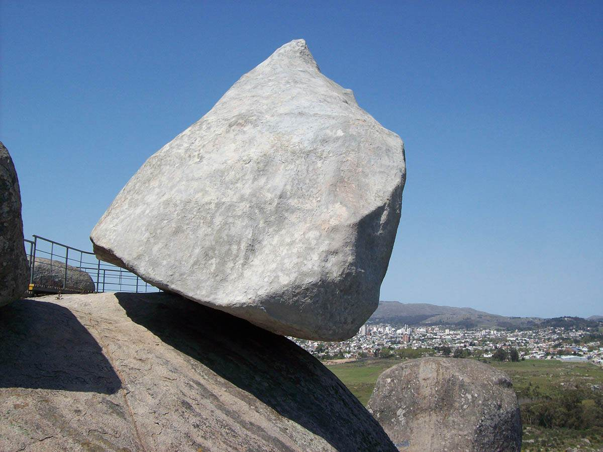 Stone-of-Davasko-Argentina_0008a