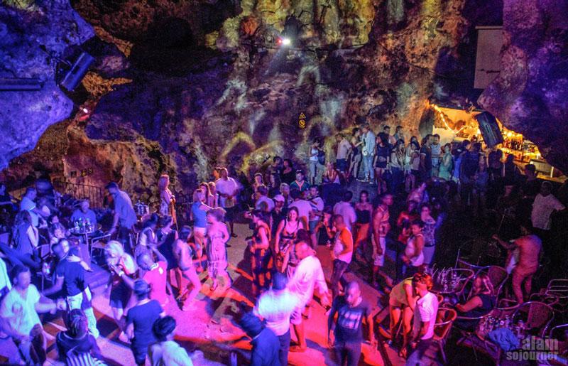 disco-ayala-cave-trinidad-cuba_011