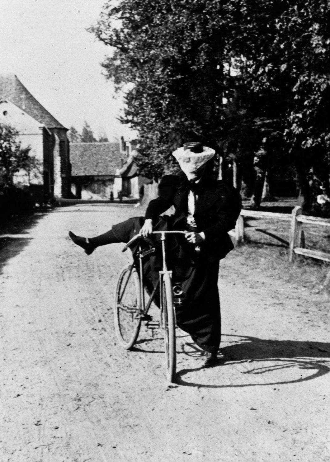 Um modelo das chamadas bicicletas de segurança em 1890