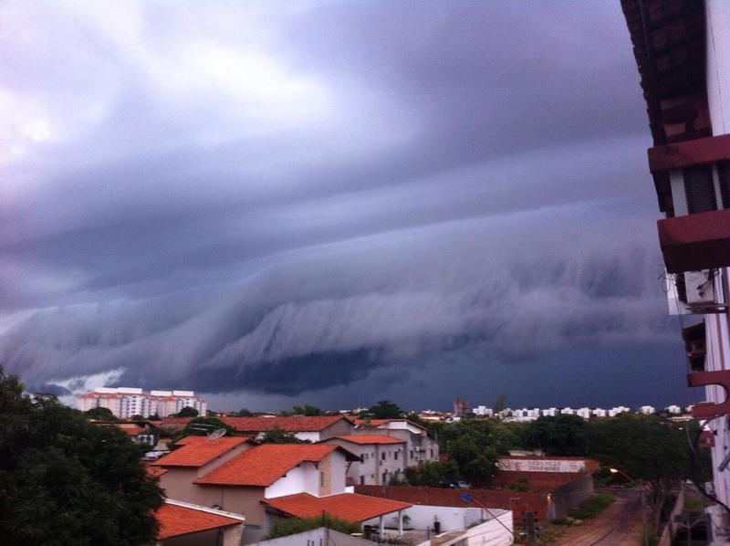 shelf-cloud-terezinha_005