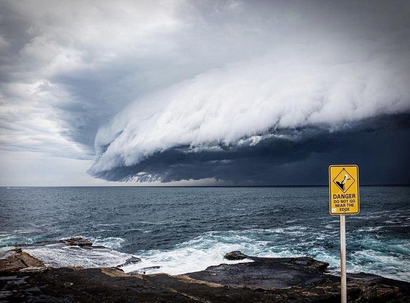 shelf-cloud-tsunami-sydney_001