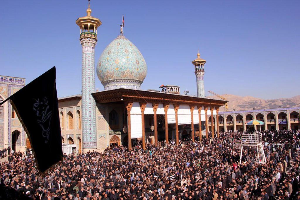 Shah-e-cheragh_001a
