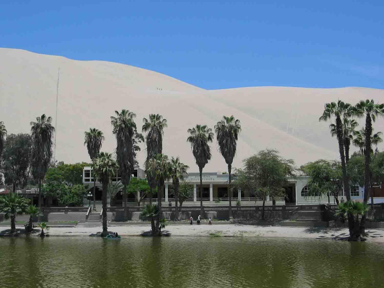 laguna-de-Huacachina14