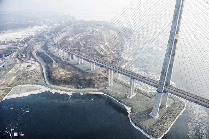 russky-bridge-004