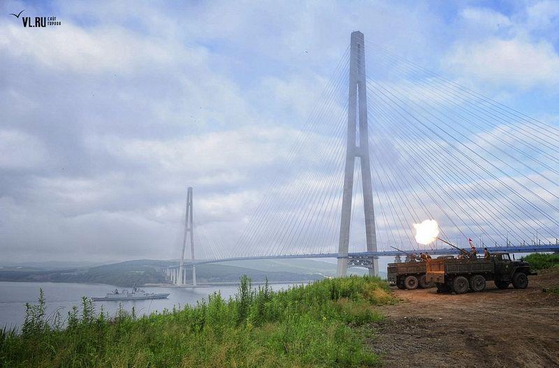 russky-bridge-007
