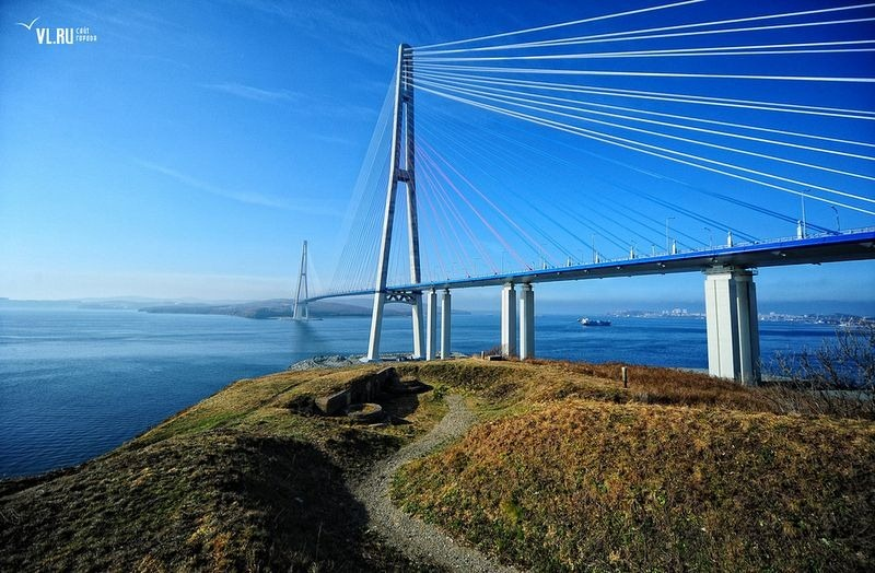 russky-bridge-011