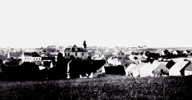 visão pré-destruição de Lidice, o curral em primeiro plano é a fazenda Horak, onde os homens da Lidice foram derrubados.