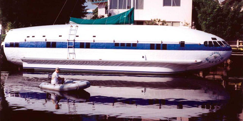 Cosmic Muffin, o avião que virou barco
