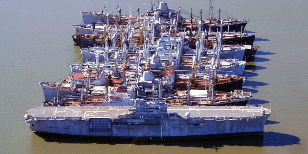 A frota de navios fantasmas dos Estados Unidos