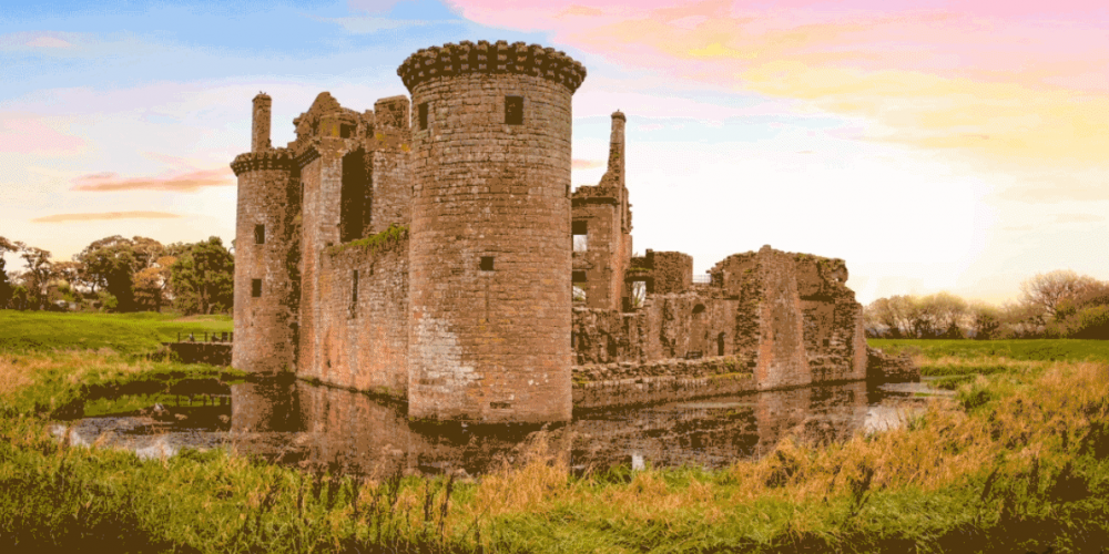 Castelos medievais sendo reconstruídos digitalmente