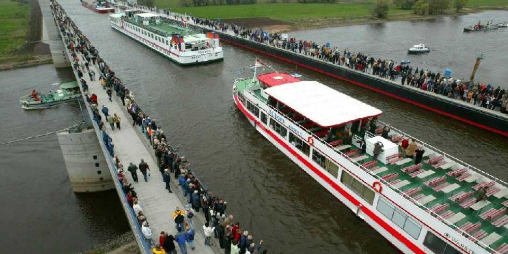 Magdeburg Water Bridge, a maior ponte navegável do planeta