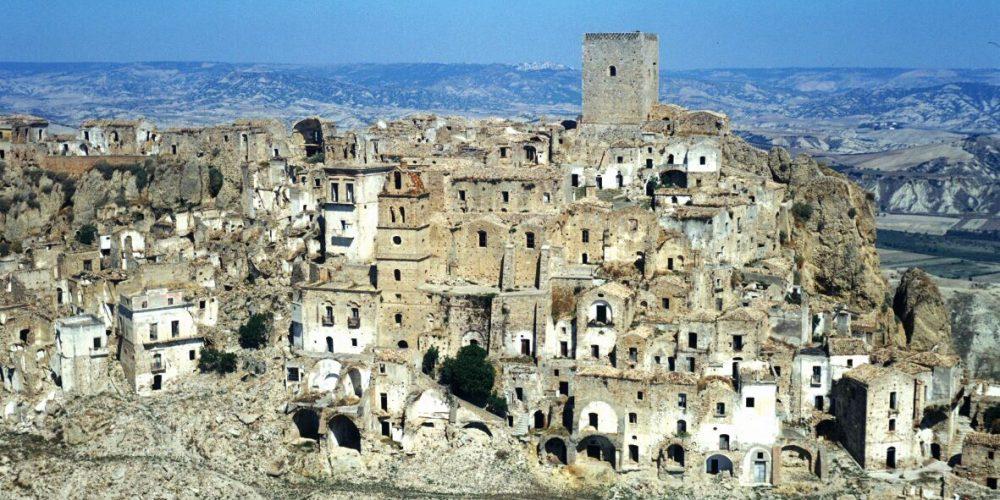 Craco, uma cidade italiana abandonada